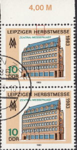 GDR 1983 Leipzig Autumn Fair postage stamp plate flaw White dot above letter R in HERBSTMESSE.